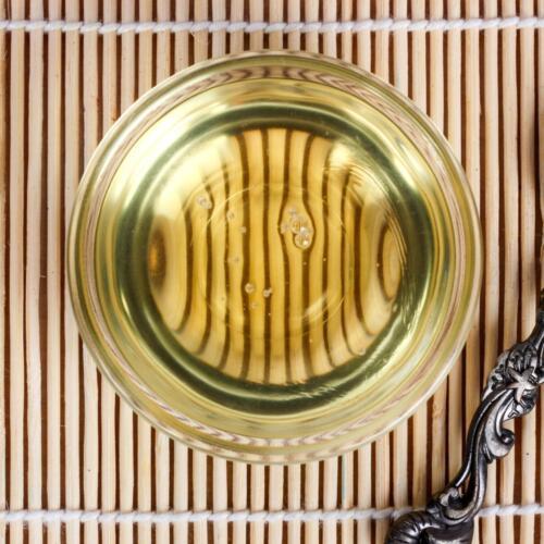 Urban Platter Cold Pressed Castor (Arandi) Oil, 500 ML [Food-grade, Great for Skin & Hair, Moisturizing & Healing]