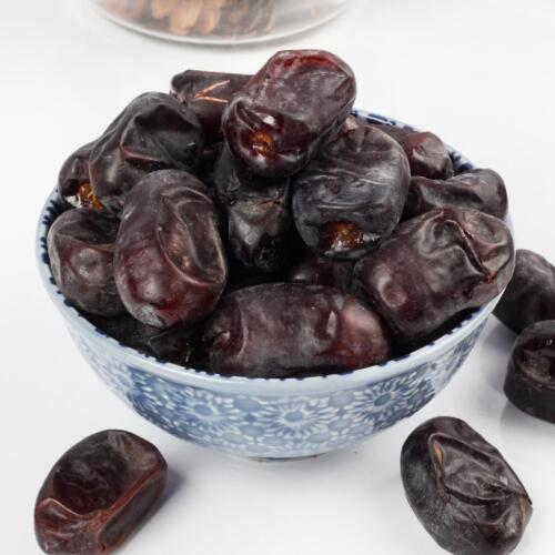 Urban Platter Kimiya Dates, 500g / 17.64oz [Khajur, Soft & Fresh Middle-Eastern Dates]